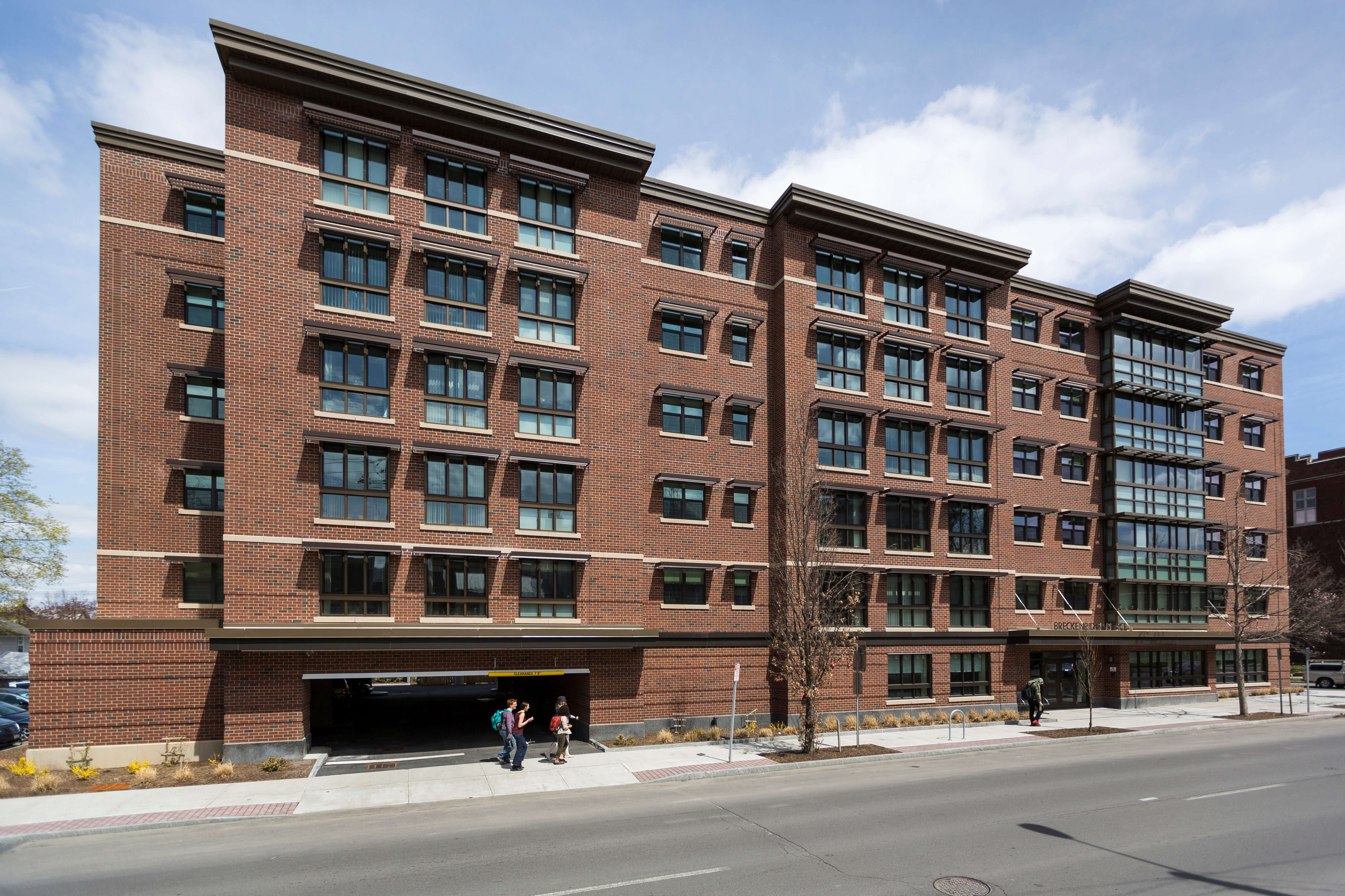 INHS Breckenridge Place Exterior 20140428GH1